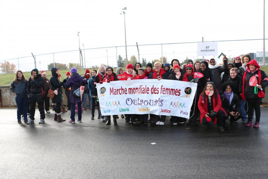 World March of Women from Outaouais banner, 2015