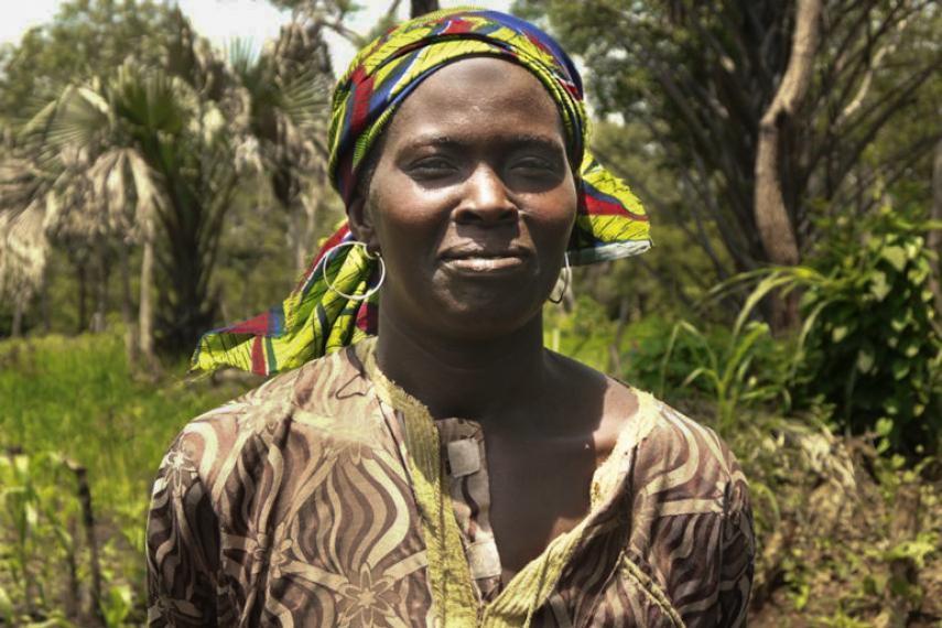 Une femme en Afrique de l'Ouest