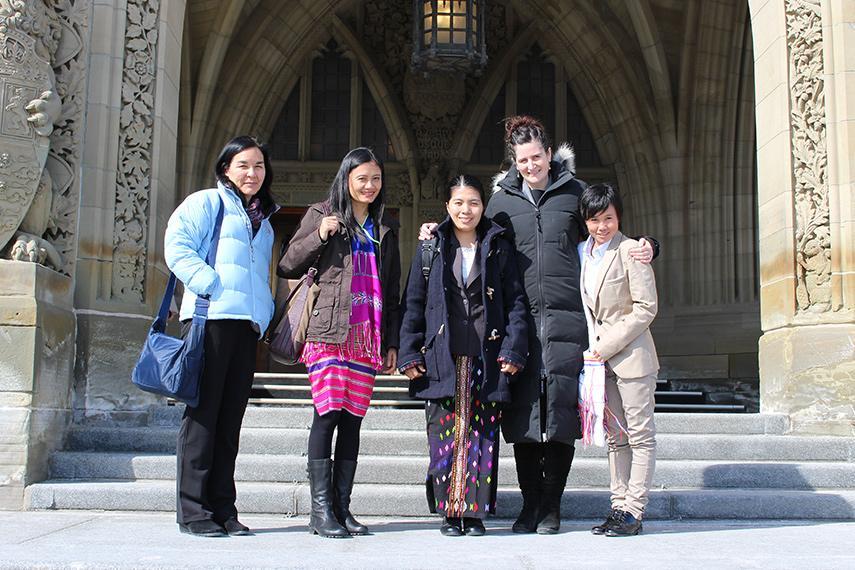 La délégation de femmes de Birmanie.