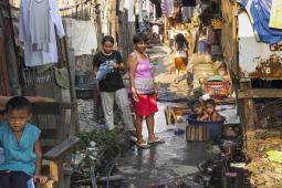 Street scene in Paradise, Manila