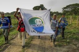 Las Pavas: Community members return to their land after violent expulsion.